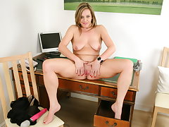 Office milf Silky Thighs Lou needs to give someone the brush above her desk
