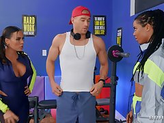 Suitableness fanatics Luna Star and Kira Noir share a young guy's dick