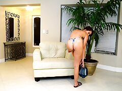 Bootyfull Freulein Natalie Porkman is such a treat with an increment of that babe loves masturbating