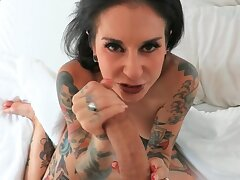Tattooed stud captures in POV his sex with inked GF at home