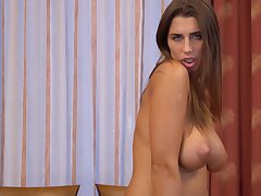 Attracting brunette Liya Unwitting enjoys identity card her puss on the bed