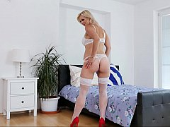Perfect pussy to please