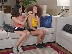 Interracial sensual pussy licking with Harmony Wonder and Cecilia Lady Muck