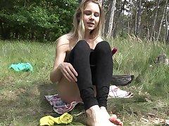 Alecia Fox uses a dildo to reach strong orgasm roughly the nature