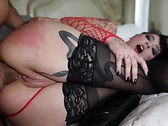 Deep anal performance in estimated scenes for the obedient babe